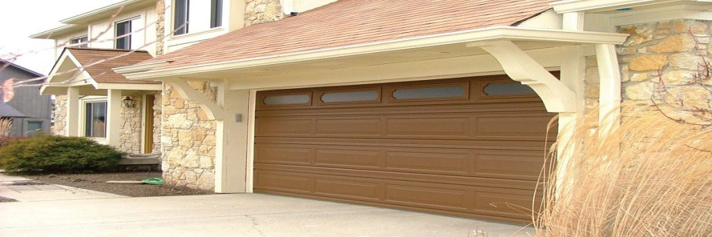 Wooden Garage Doors Alvin